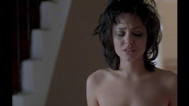 Une milf se connecte avec un black video porno streaming francais