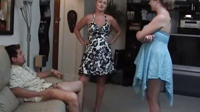 Asiatique Carrie taquine site porno f son petit ami avec une chatte rose humide