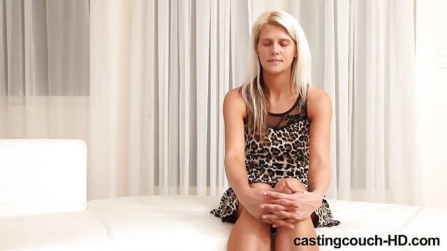 Une femme porn fr free accepte les avances de son beau-fils